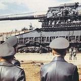 War: Artillery no, the Schwere Gustav